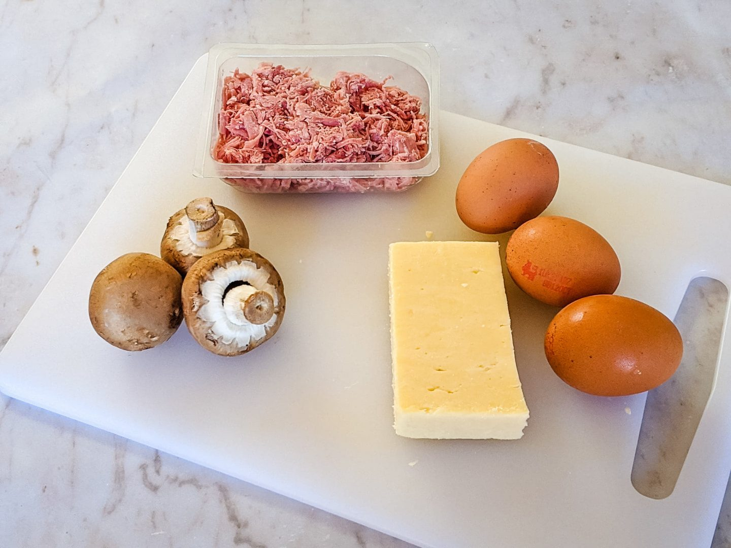 Omelette with cheese and ham ingredients